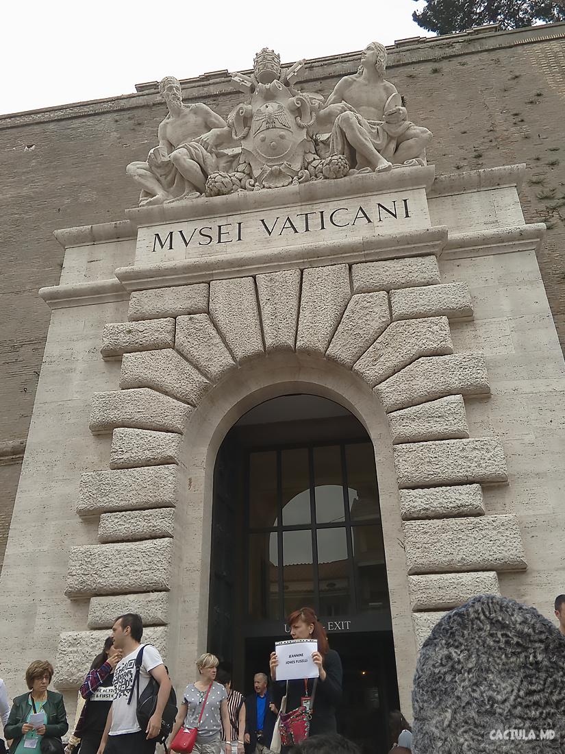 51_vatican_caciula_md