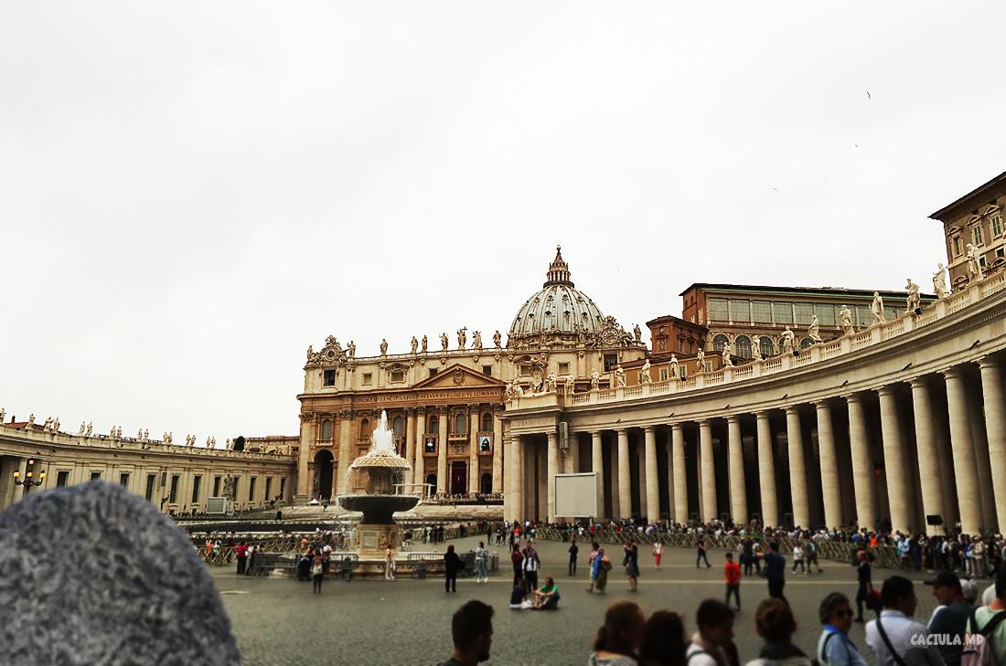 52_vatican_caciula_md