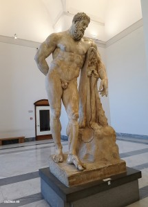 Геркакл- музей Неаполя_caciula.md
