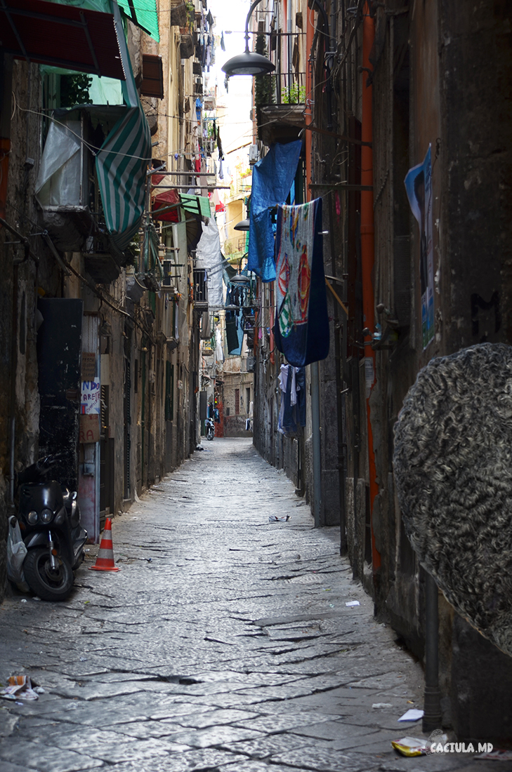 Quartieri-Spagnoli_Napoli_caciula_md