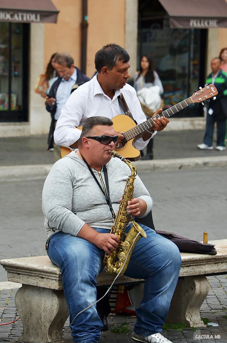 musicians_roma_caciula_md