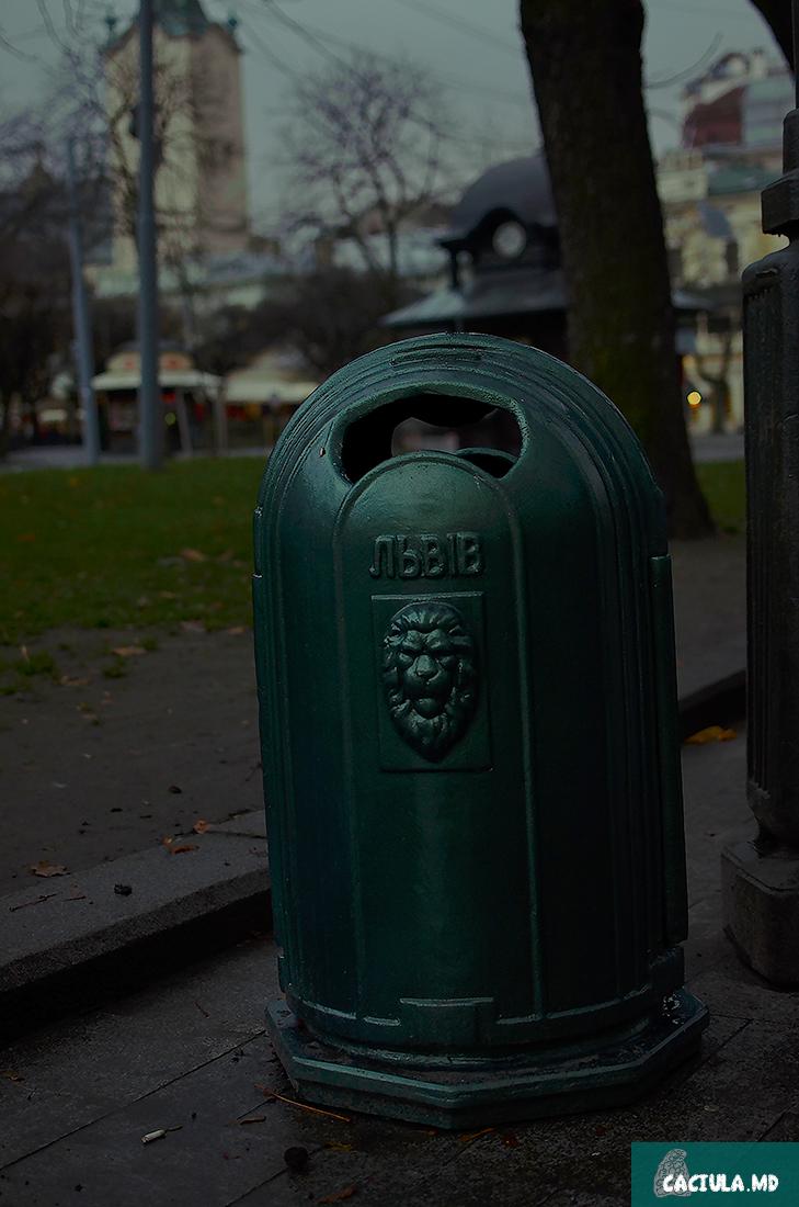 оформление мусорных корзин во львове