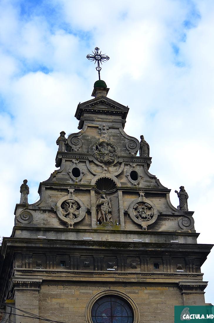 Фасад Костёла святого апостола Андрея
