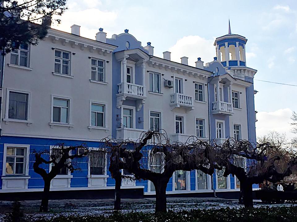 красивое здание в Тирасполе