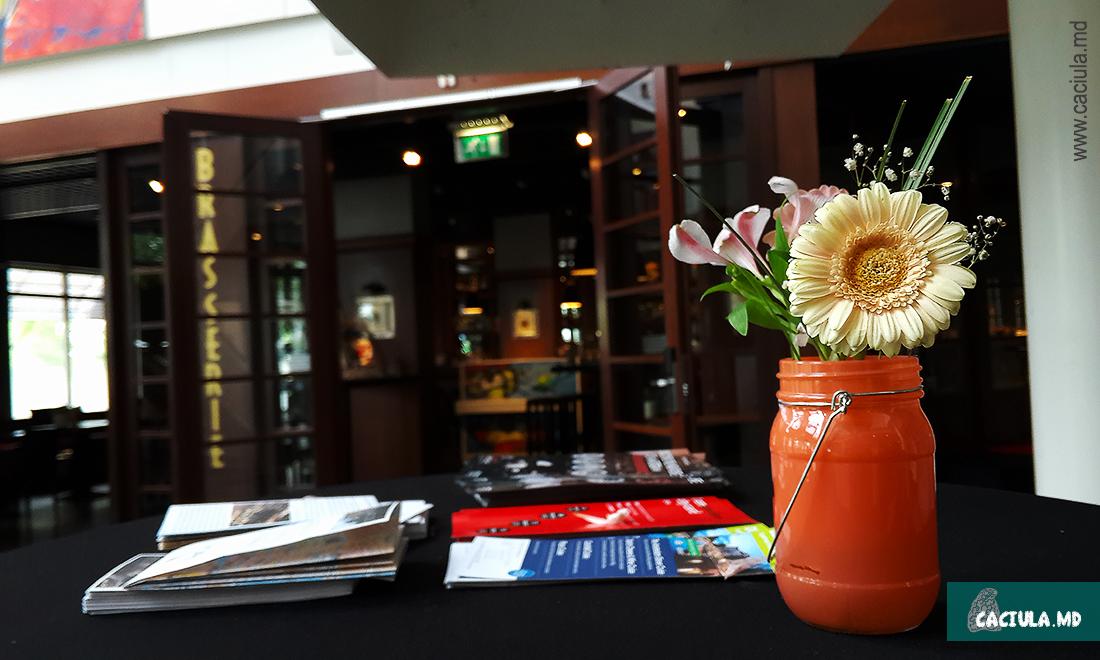 цветочки в гостинице амстердама