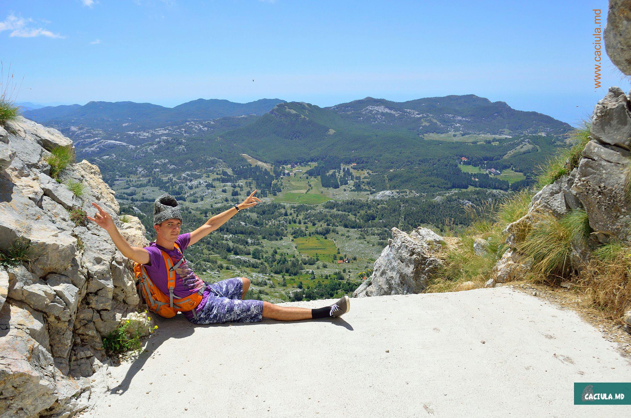 пейзажи Черногории и Хорватии, горы и леса