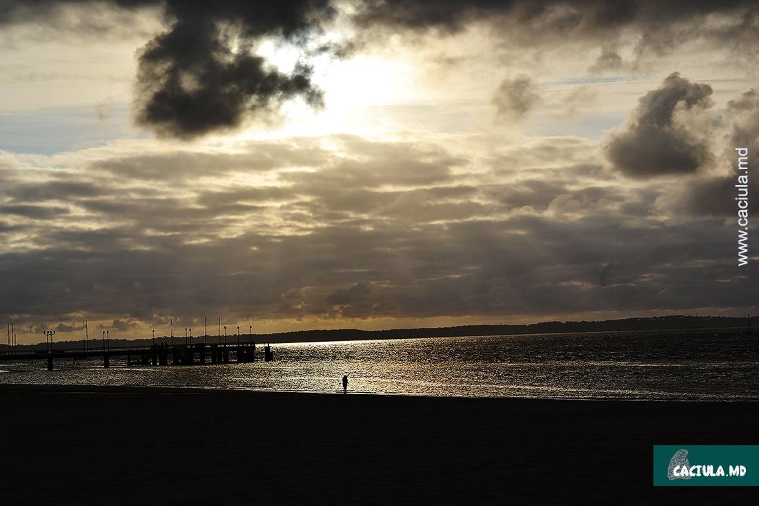 закат в Артишоне, Франция