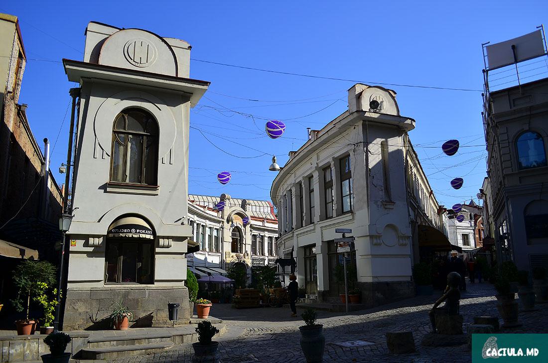 вид на улицы Шардени, Тбилиси 2016 год