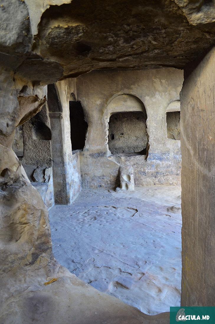 в пещерах грузинского Мачу пикчу