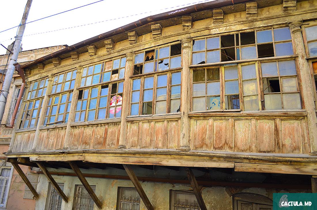 старый Тбилиси приятный и старый