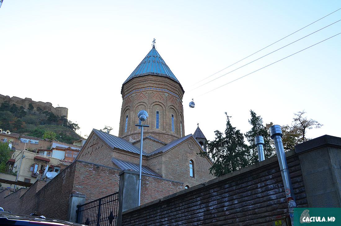Cathedral of Saint George, церковь святого Георгия