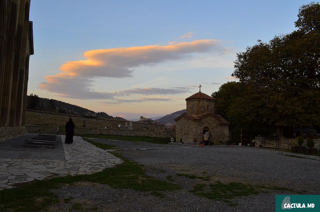женский монастырь в Мцхета
